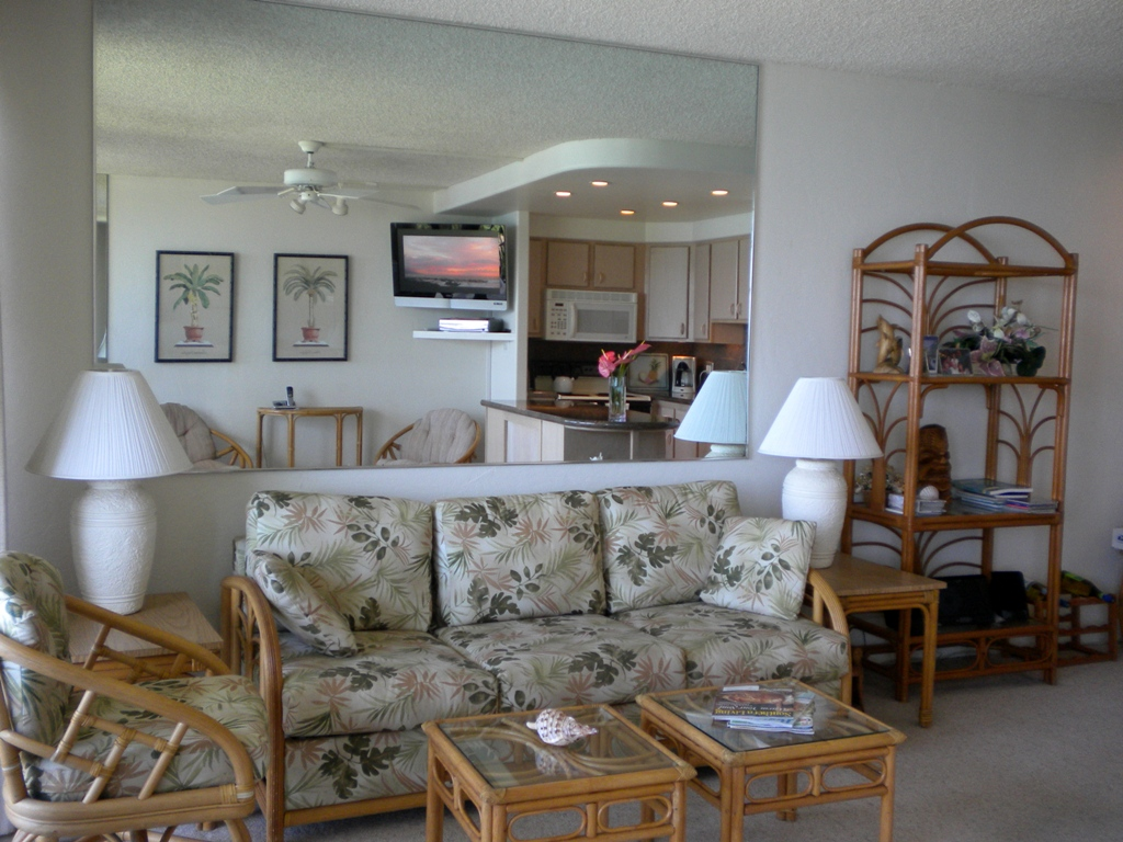 Kihei Surfside unit 302 living room photo