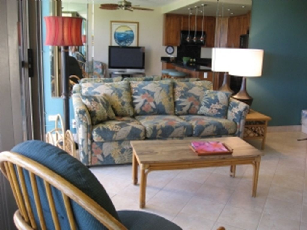 Sofabed in Kihei Surfside Unit 312