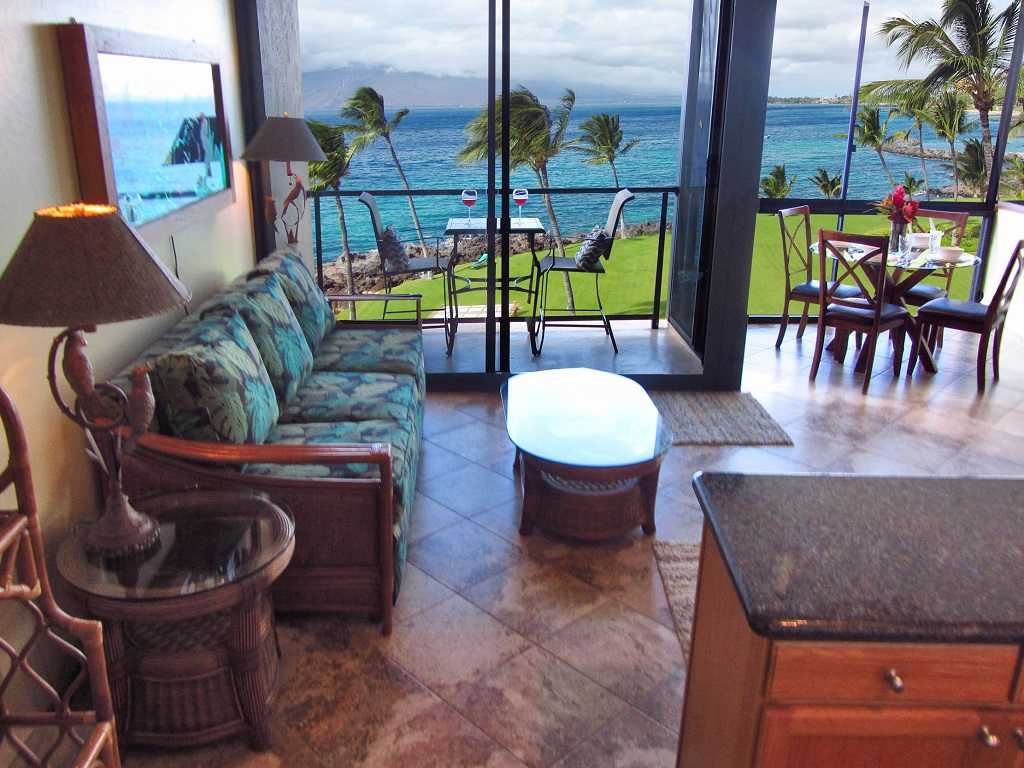 Kihei SurfSide Vacation Rental in Maui unit # 505 Living Room photo